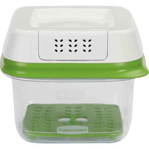 Rubbermaid FreshWorks Produce Saver 2.5 C. Clear Square Food Storage Container with Lid
