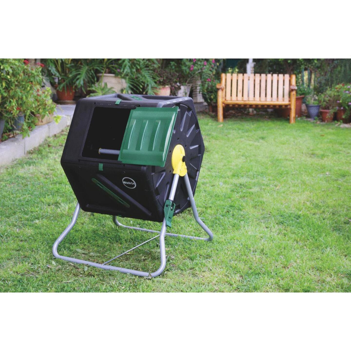 Miracle-Gro Tumbling Composter (28-Gallon) Image 2